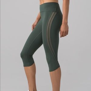 ~LuLuLemon~ Sun Setter Crop leggings